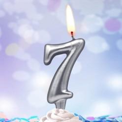 Свеча-цифра 7 Серебряная 5*3см