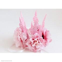 Корона-повязка на голову, крупные розовые пионы