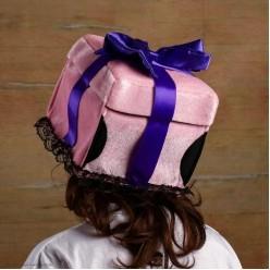 """Шляпа Подарок """"Распакуй меня"""" мягкая"""