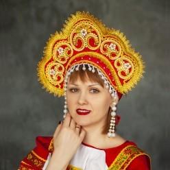 """Кокошник """"Алиса"""" красный с золотом"""